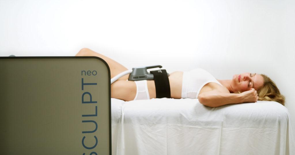 Emsculpt Neo treatment on abdomen